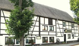 Hotel Lindenhof - Bad Lauchstädt