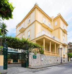 Hotel Crawford - AbcAlberghi.com