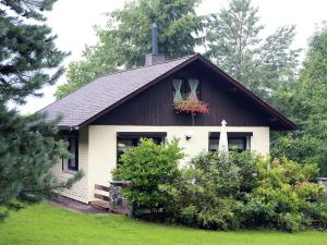Holiday home Am Wald 1 - Cabarz