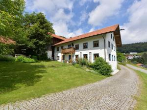 Holiday home Fernblick 2 - Hof