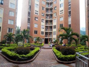 Apartamento Amoblado con Piscina - El Salado