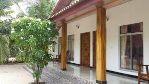 Island Breeze Inn, Hotel  Nilaveli - big - 4