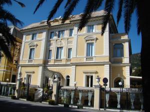 Ena Hotel - AbcAlberghi.com