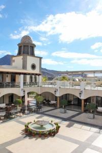 Hotel Suite Villa Maria, Отели  Адехе - big - 35