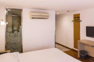 Motel Qinhuangdao Hebei Street Haiyang Road, Szállodák  Csinhuangtao - big - 2