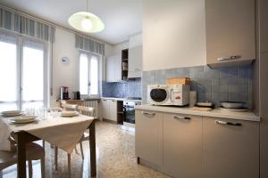 Al Canale - AbcAlberghi.com