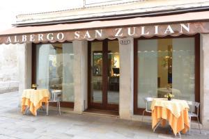 Hotel San Zulian - AbcAlberghi.com