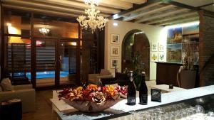 Luna Residence Hotel - San Zavedro