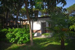 Villetta Ambra, Dovolenkové domy  Lignano Sabbiadoro - big - 12