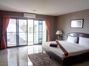 Pearl Place Hotel - Ban Tha Chin