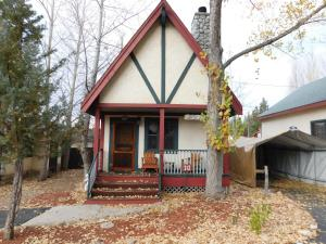 Castle Wood Theme Cottages- COUPLES ONLY, Hotels  Big Bear Lake - big - 96