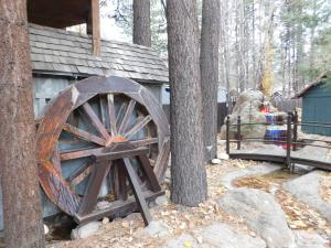 Castle Wood Theme Cottages- COUPLES ONLY, Hotels  Big Bear Lake - big - 103