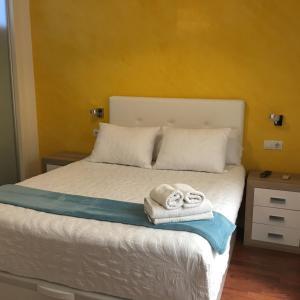 Apartamentos Gold Cervantes, Apartmány  Málaga - big - 17
