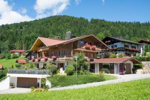 Neumaier Ferienwohnungen - Apartment - Reit im Winkl
