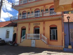 Hotel Aurora - Nimá
