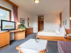Landhotel Jäger TOP, Отели  Wildermieming - big - 6