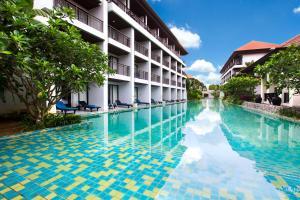 Курортный отель D Varee Mai Khao Beach, Пхукет