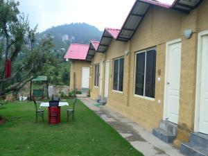V Resorts Nature Heaven Koti - Mai Jūbar