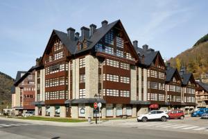 Apartamentos Vielha III, Apartmanok  Vielha - big - 18