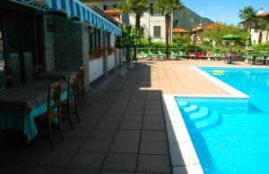 Hotel Sonenga, Отели  Менаджо - big - 16