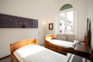 Wanderlust, Apartments  Rome - big - 2