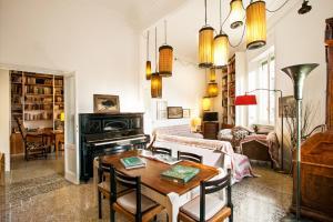 Wanderlust, Apartments  Rome - big - 15