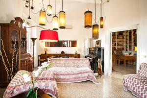 Wanderlust, Apartments  Rome - big - 16