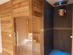 Housemuhlbach Wellness Aquaspa, Апарт-отели  Sappada - big - 170