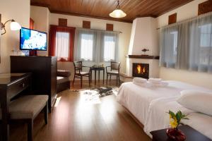 Hotel Mirovoli, Отели  Милиес - big - 26