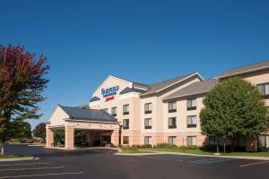 Fairfield Inn and Suites by Ma..