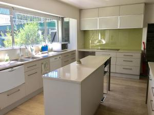Gumtree Lodge Bed&Breakfast - Accommodation - Christchurch
