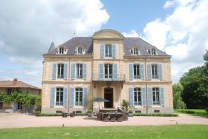 Accommodation in La Pacaudière