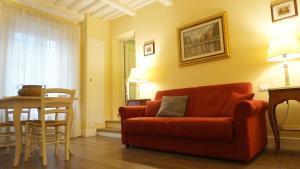 Silvia Apartment - AbcAlberghi.com
