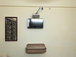 Hotel Bhavani Lodge, Отели  Хайдарабад - big - 28