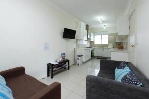 Happy Holiday Home, Ferienhäuser  Sydney - big - 32