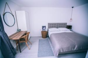 Stay@10 Rooms And Apartments - Hotel - Zagreb