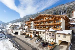 4 hvězdičkový hotel Sporthotel Cristall Fulpmes Rakousko
