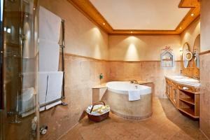 Relais & Chateaux Spa-Hotel Jagdhof (36 of 166)