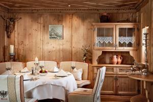 Relais & Chateaux Spa-Hotel Jagdhof (5 of 166)