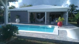 Villa Almeida à 500m de la plage - De Bérard