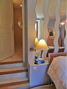 Gîte l'Ecluse au Soleil, Holiday homes  Sougraigne - big - 40