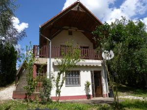 Holiday home in Sarmellek/Balaton 18927 - Zalavár