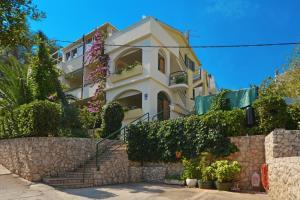 Two-Bedroom Apartment in Slatine I, 21224 Trogir