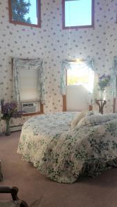 Berthoud Inn & Events, Bed & Breakfast  Berthoud - big - 103