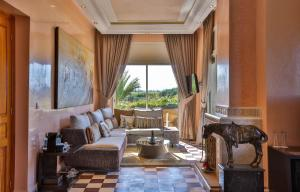 Palais Amador, Гостевые дома  Oulad Mazoug - big - 49