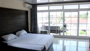 Metro Hotel, Hotely  Freetown - big - 1