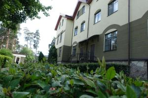 Townhouse Apartment - Beloostrov