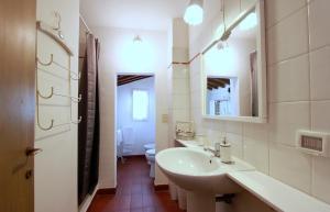 Santo Spirito Apartment, Apartmány  Florencia - big - 19