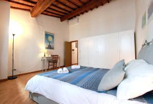 Santo Spirito Apartment, Apartmány  Florencia - big - 4
