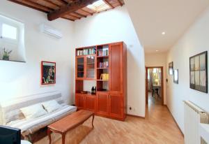 Santo Spirito Apartment, Apartmány  Florencia - big - 11